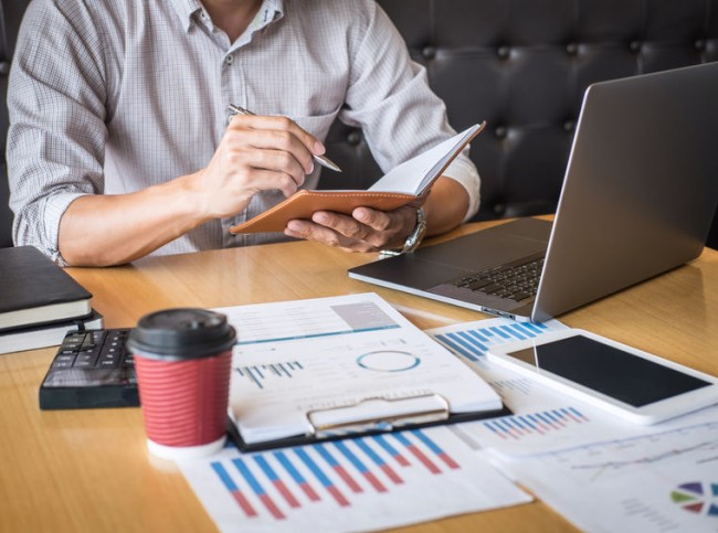 COVID-19. Incentivos fiscales a las hostelería y el comercio y nuevo aplazamiento de deudas tributarias